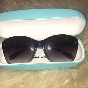 KATE SPADE SUNGLASSES WITH TIFFANY BLUE CASE